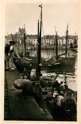 13601789 Dieppe_Seine-Maritime Arriv?e des Pecheurs Dieppe Seine-Maritime