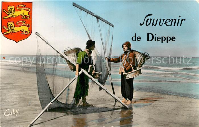 13492711 Dieppe_Seine-Maritime Pêcheurs de Crevettes Plage Dieppe Seine-Maritime