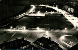 13491246 Dieppe_Seine-Maritime Esplanade prise la nuit au fond les Jetées Dieppe