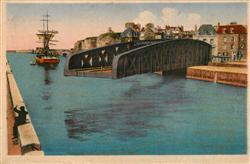 13579669 Dieppe_Seine-Maritime Le Pont tournant du Pollet Dieppe Seine-Maritime